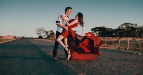 Jak nauczyć się tańczyć? Pozytywne nastawienie i dobre chęci to podstawa!