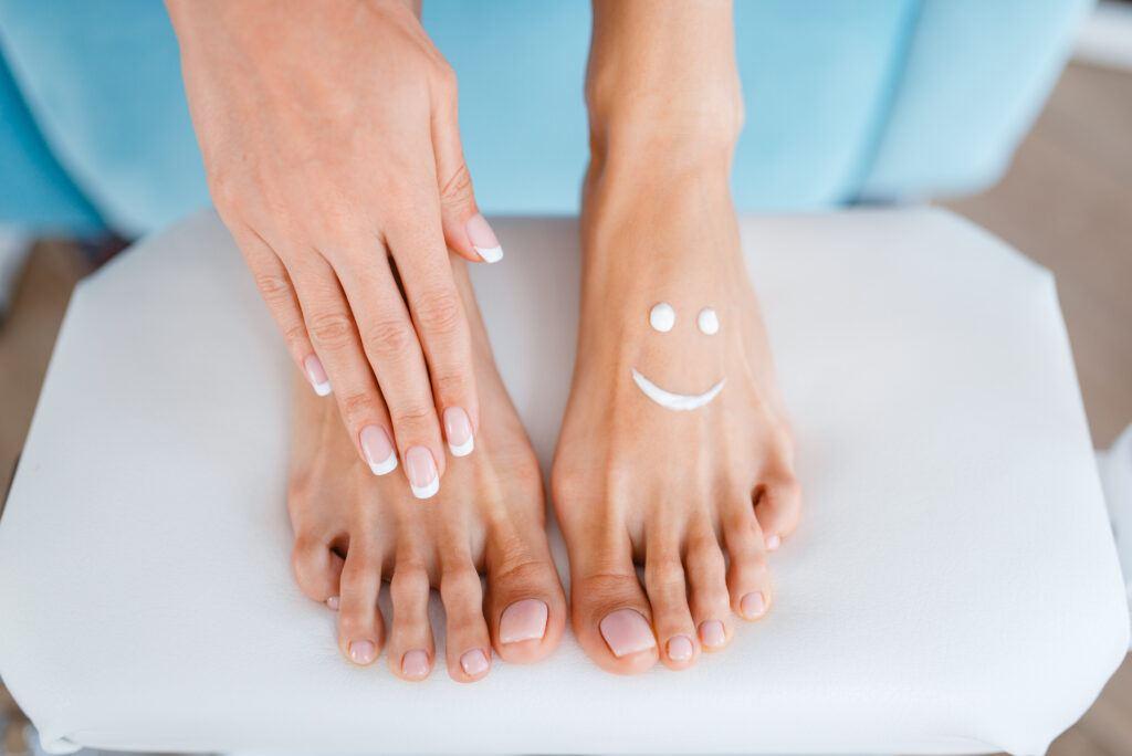 pielęgnacja stóp i dłoni