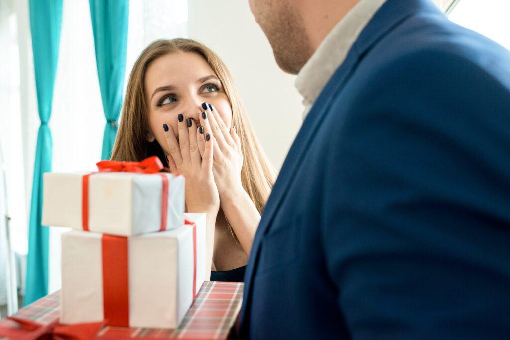 Jaki prezent na dzień kobiet podarować ukochanej