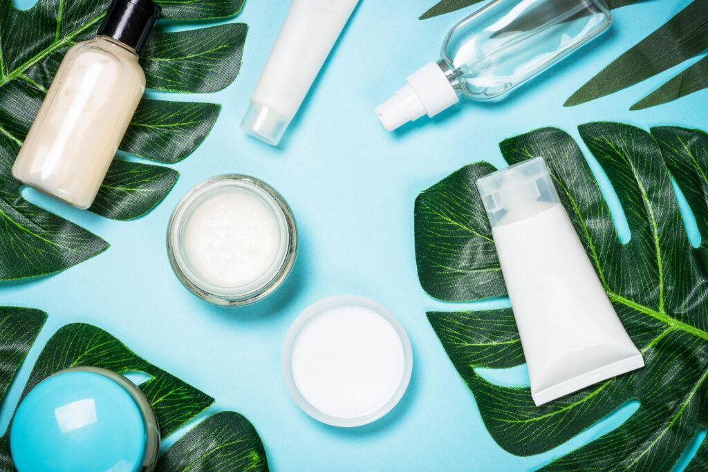 naturalne i domowe kosmetyki służące do tego, by dbać o rzęsy