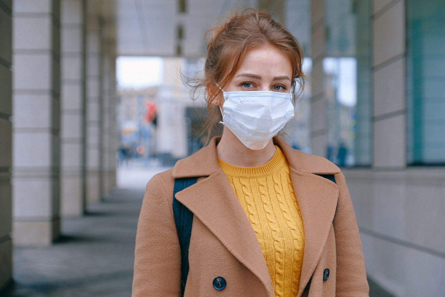 Maseczki ochronne – niezbędny dodatek podczas pandemii koronawirusa