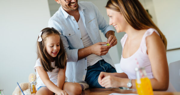 Domowa ciastolina - jak w łatwy sposób zaplanować dzieciom świetną zabawę!
