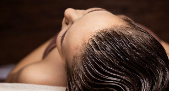 Laminowanie włosów w domu - domowe SPA na rozdwojone końcówki!