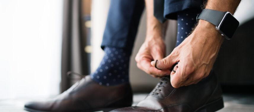 Jak dopasować skarpetki do garnituru?