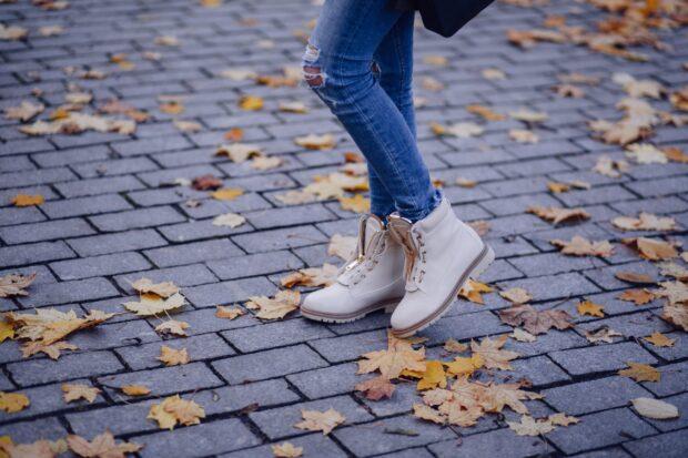 Buty jesień 2020 – te modele zawładną ulicami w nadchodzącym sezonie!