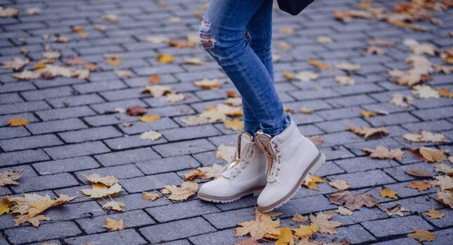 Buty jesień 2020 - te modele zawładną ulicami w nadchodzącym sezonie!