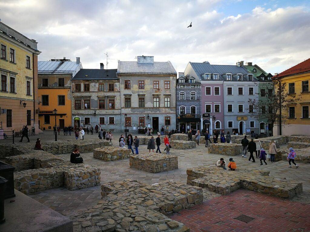 Lublin atrakcje - plac po Farze