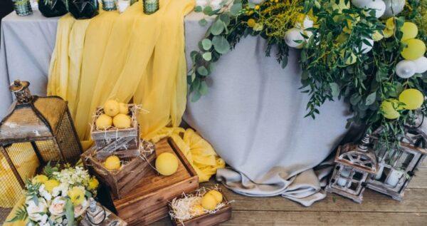 Kolory roku 2021 Pantone - jak wykorzystać je w dekoracjach ślubnych? Wedding Planner radzi!