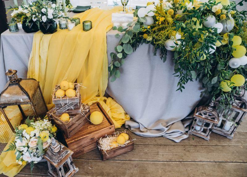 Kolory roku 2021 Pantone – jak wykorzystać je w dekoracjach ślubnych? Wedding Planner radzi!