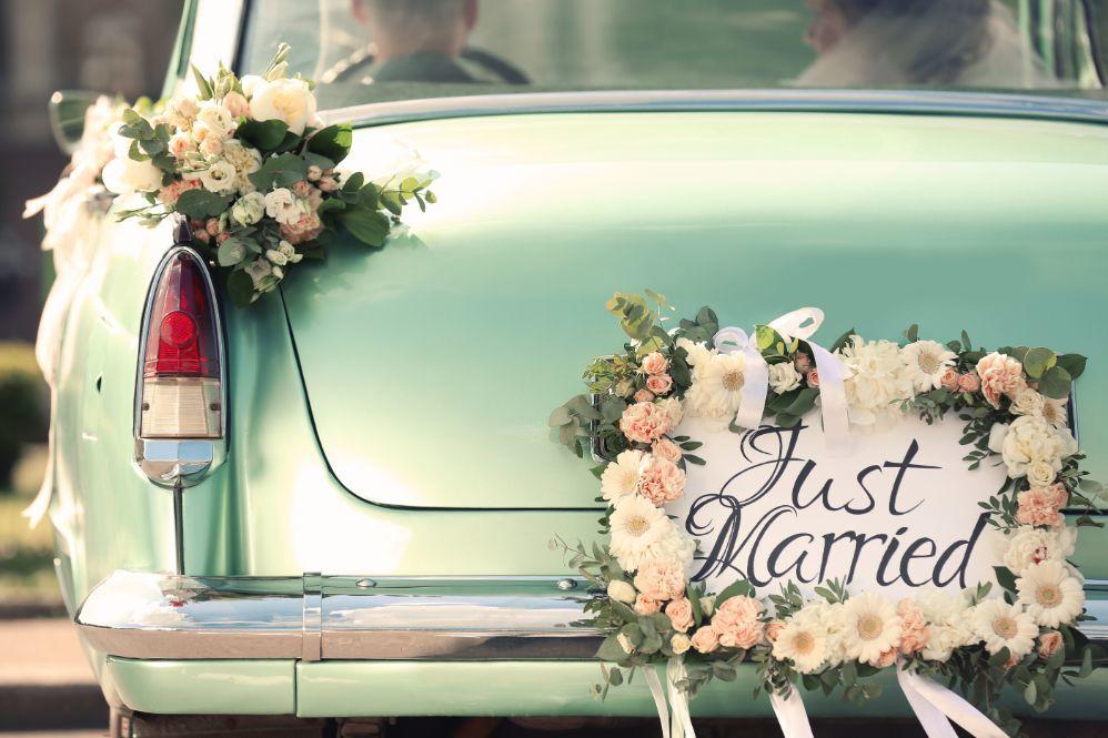 Kalendarz ślubny wybór auta do ślubu