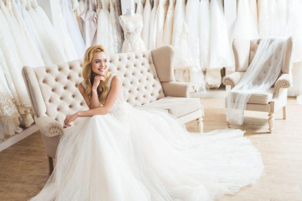 Suknie ślubne w 2021 roku tiul