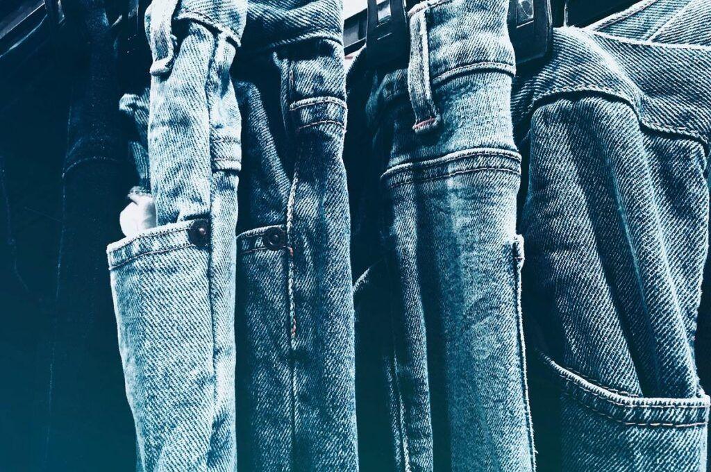 Damskie jeansy wzory