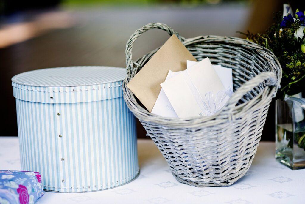 Ile dać na wesele - koperty od gości weselnych
